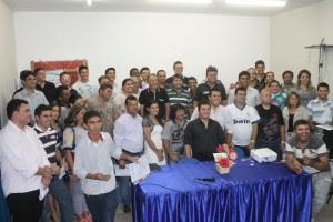 Curso de rádio aperfeiçoa atuação de profissionais - Por Ellen Freitas / Fortaleza