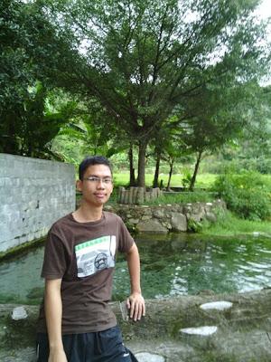 Saya di Aek Sitio-tio