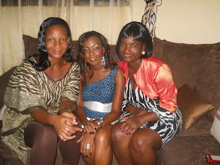 With friends, Vai, Alice and Me( duh mie mdogo eehehhe)