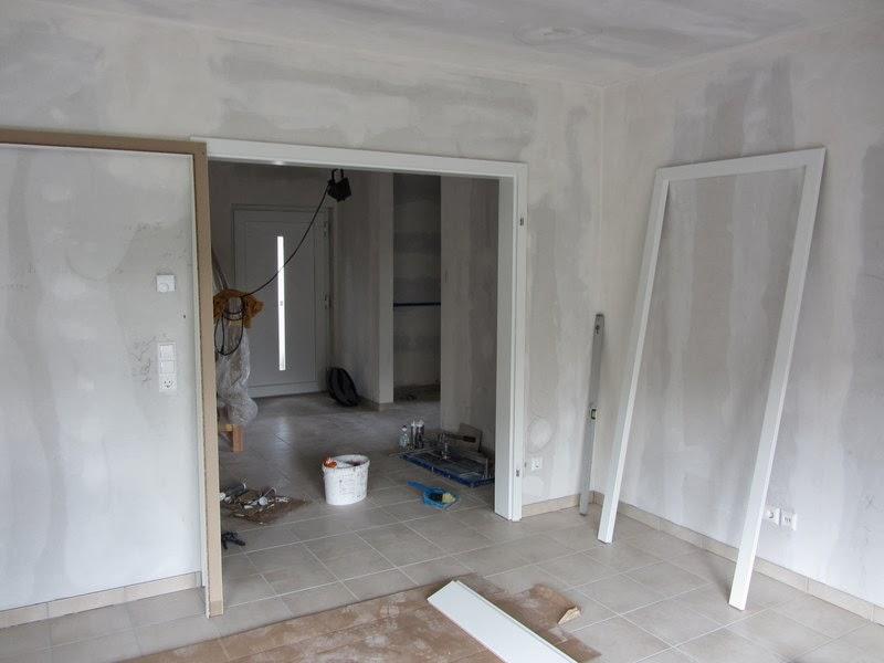 unser hausbau mit okal ende fliesenarbeiten badewanne erste t rzargen und umzugsvorbeteitungen. Black Bedroom Furniture Sets. Home Design Ideas