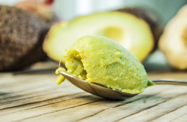 avocado-beauty-skincare-benefits
