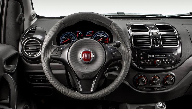 Novo Fiat Siena 2015 acabamento interior fotos