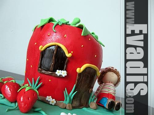 Picture of Sculpture Strawberry Design Cake