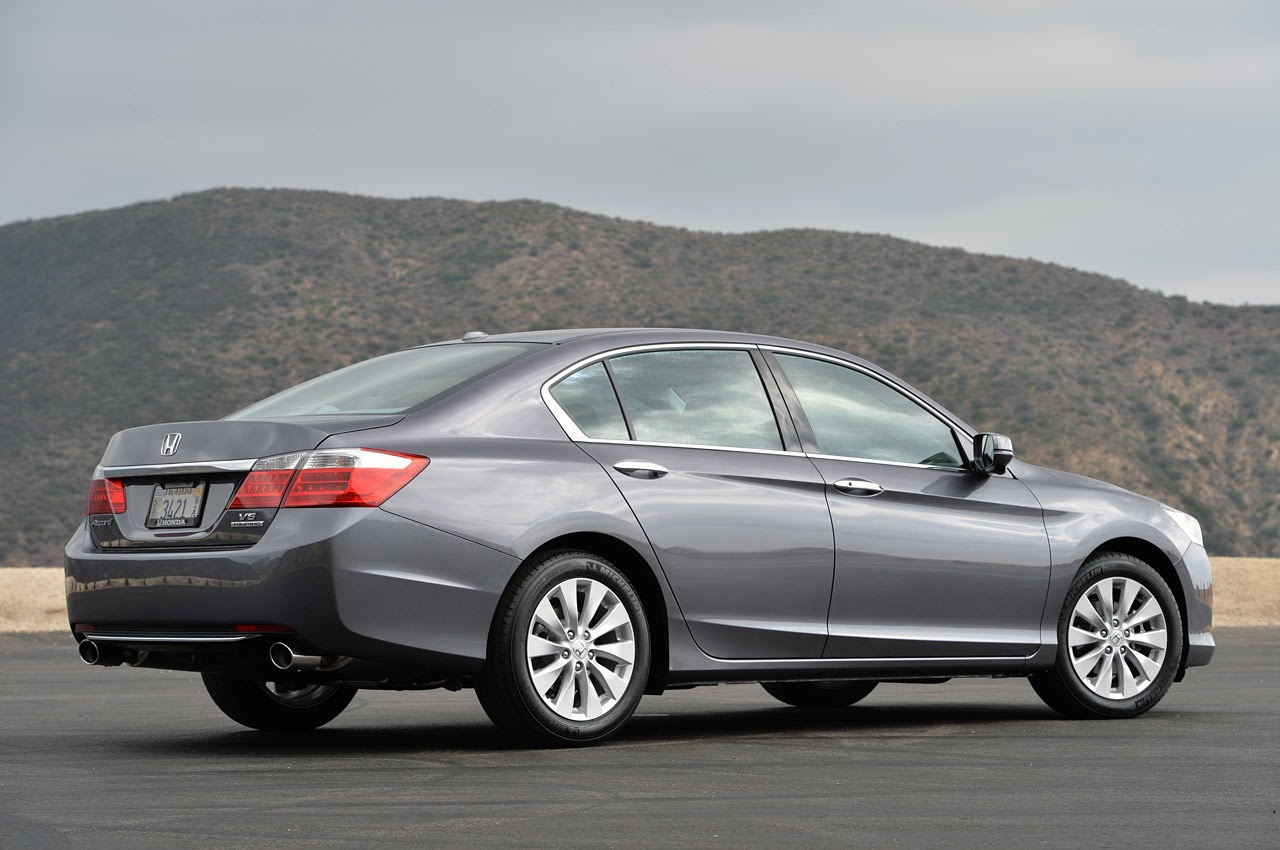 2014 Honda Accord V6 Touring: Review Photos