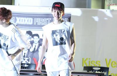baek khyun So cute and fluffy irgh