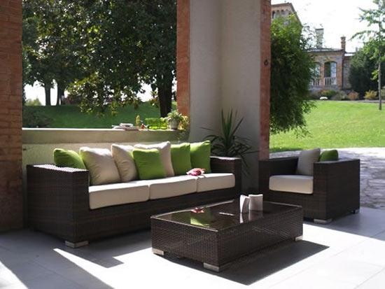 Muebles para exterior para disfrutar del verano cocinas for Muebles para patios exteriores