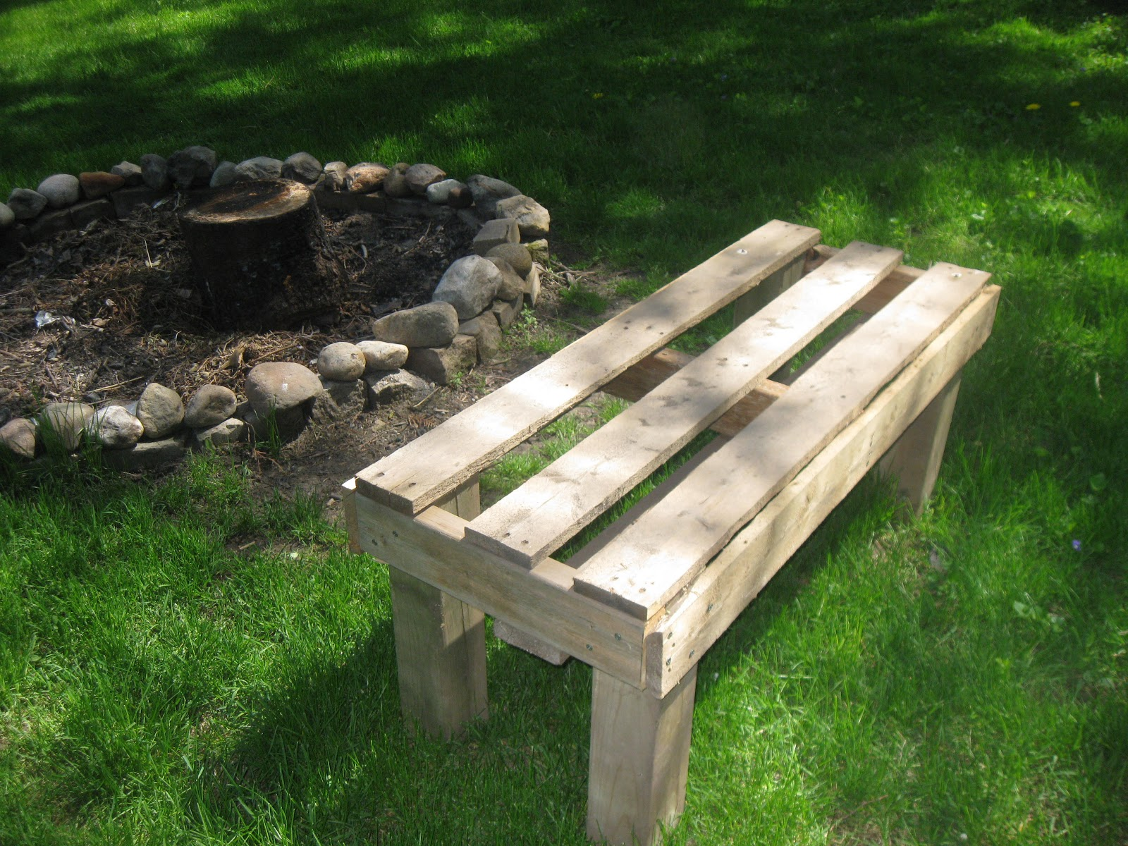 Hen Chicks Pallet Firepit Bench