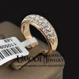http://doklok.com.br/semi-joias/aneis-femininos/anel-feminino-cristais-swarovski