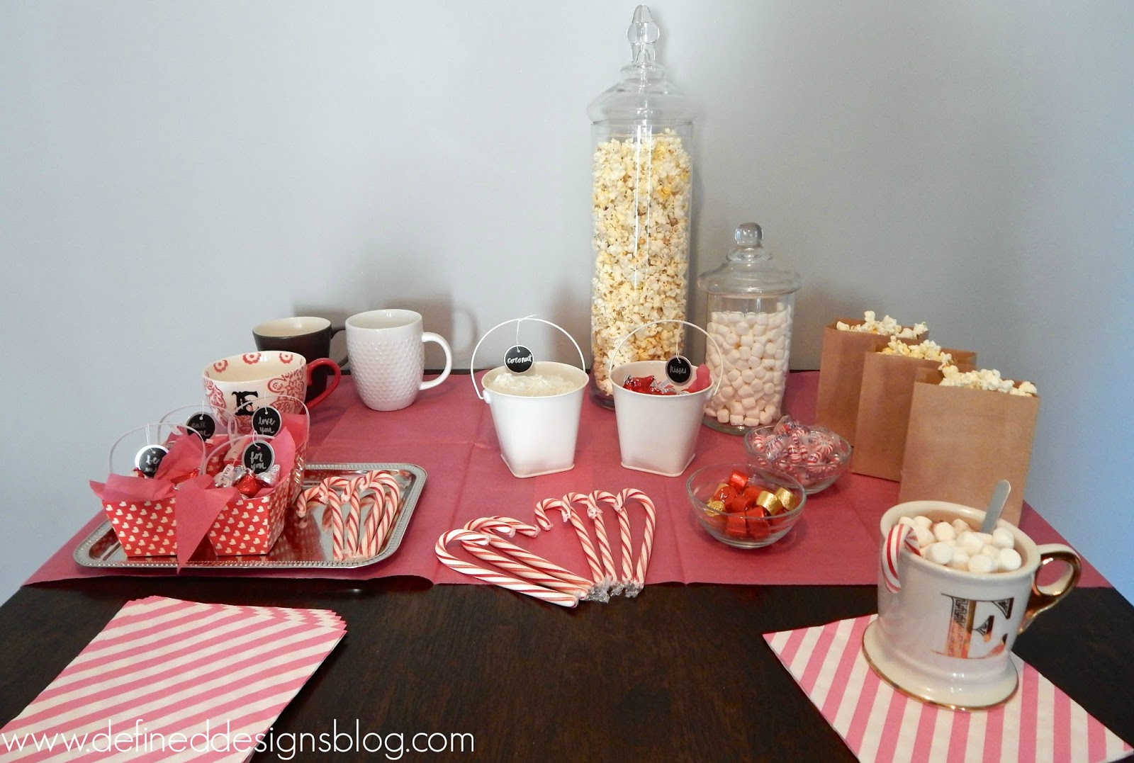 Valentines Day DIY Hot Cocoa Bar