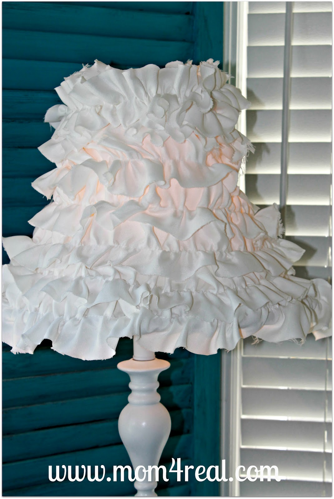 Ruffled lamp shade mom 4 real mozeypictures Image collections