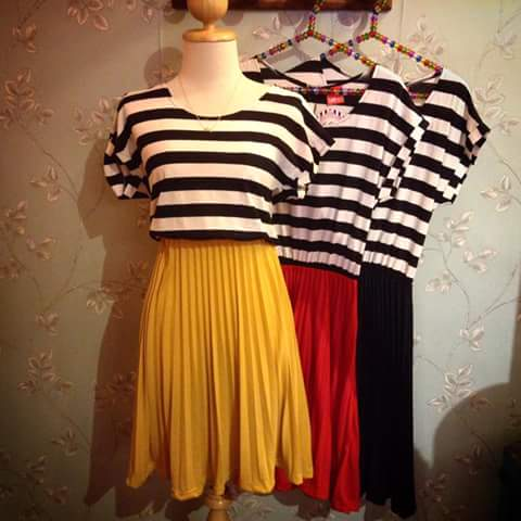 Vestido con falda color