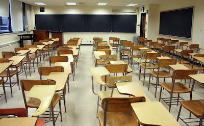http://4.bp.blogspot.com/-lLXIFeSwexk/UD-TyMYmAoI/AAAAAAAATZI/FTnTOVsykbc/s400/class_student_2.jpg