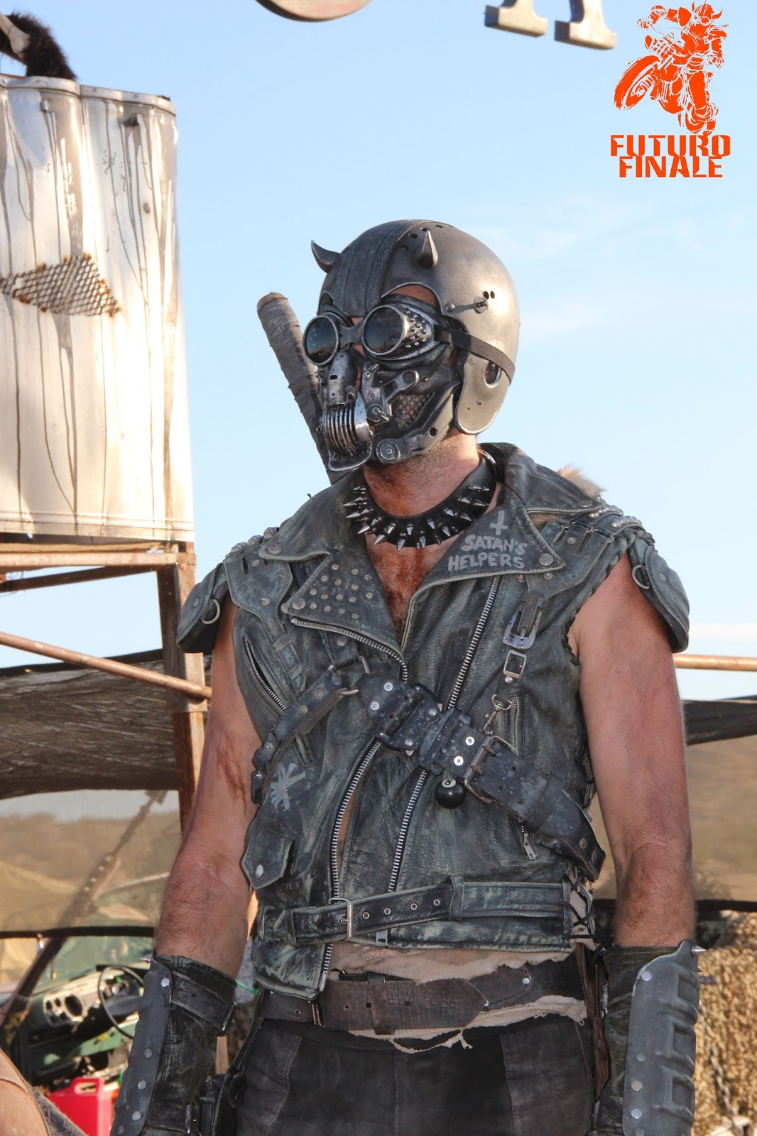 Mad Max 2 2017 >> Futuro Finale 2088AD: Wasteland Weekend 2015 Costume Contest.