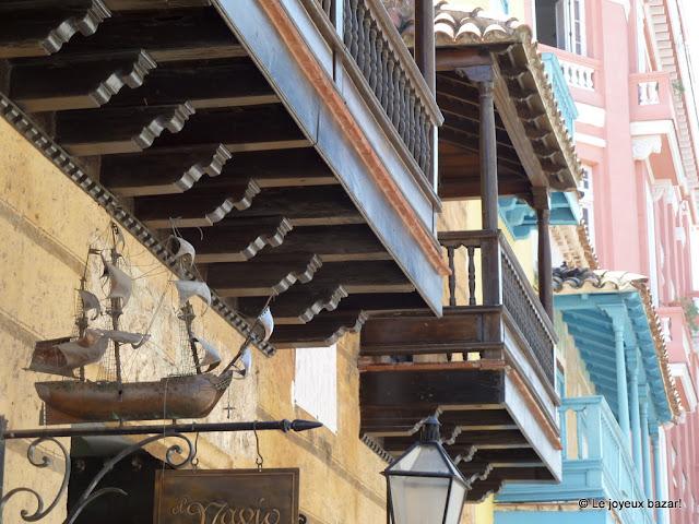 La Havane  - balcons