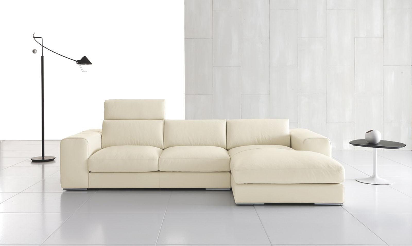 Divani blog tino mariani divano in pelle o in tessuto l 39 importante che sia sfoderabile - Divano pelle o tessuto ...