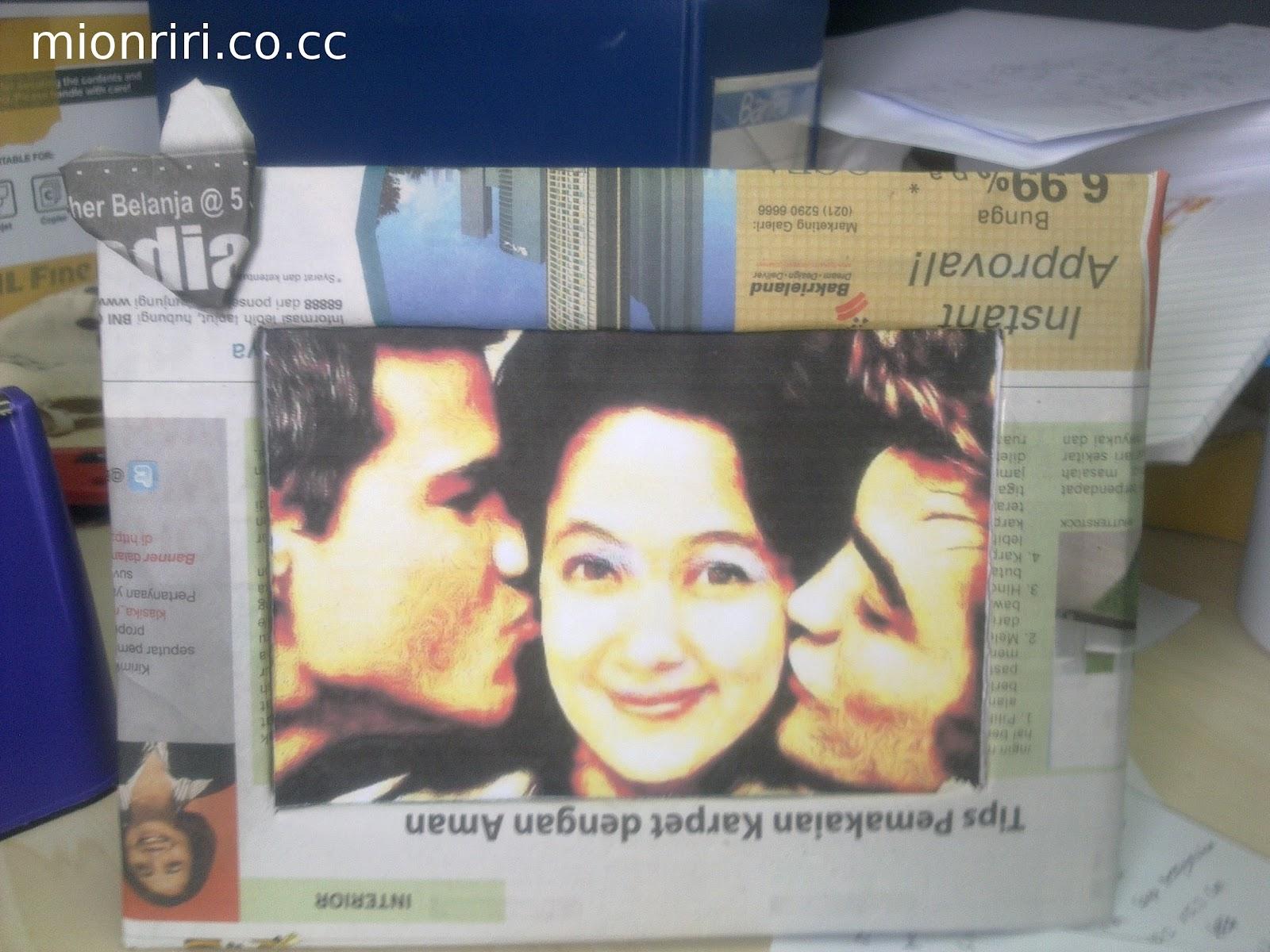 Foto yang saya pasang adalah foto saya dengan Edward Cullen dan Jacob ...