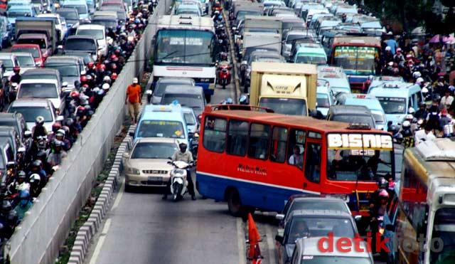Metromini dan Kopaja Tak Laik Jalan Akan Ditertibkan