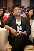 Allu Arjun Stylish Photos-thumbnail-3