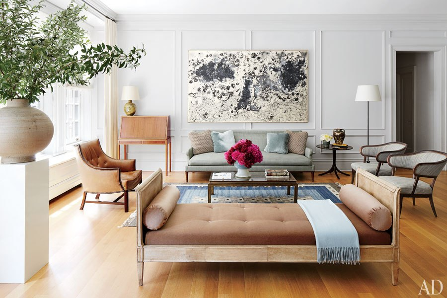 Alive kicking architectural digest home of nina garcia for Classic chic home interior design digest