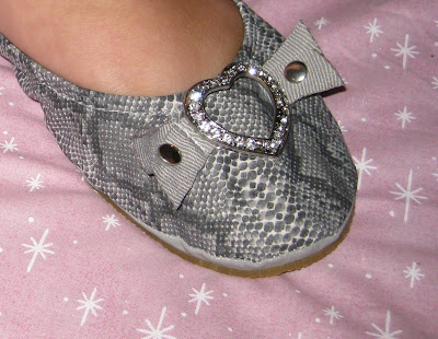 embellished flats, rollable shoes, snakeskin roll-ups, Konvine, Giveaway