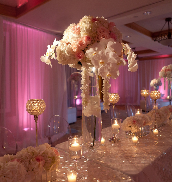 25 stunning wedding centerpieces part 10 belle the for Bridal table arrangements