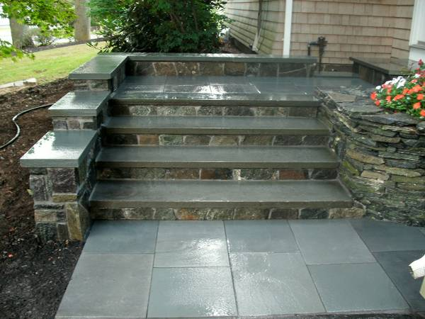 Corinthian Granite w/ Bluestone