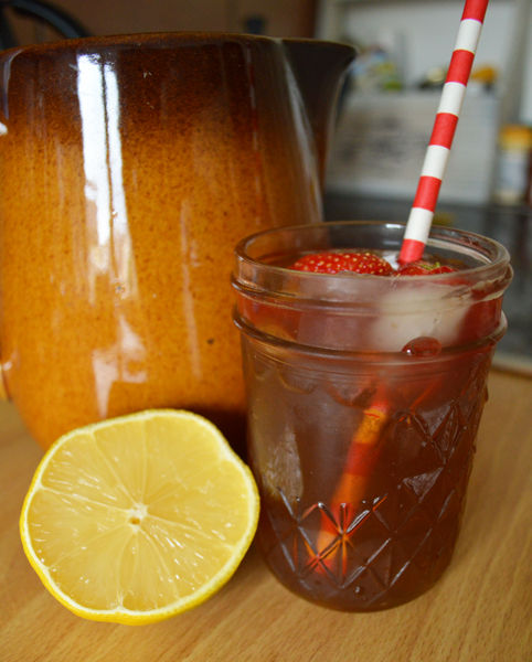 sweet tea flavoured with ginger, vanilla and citrus fruits