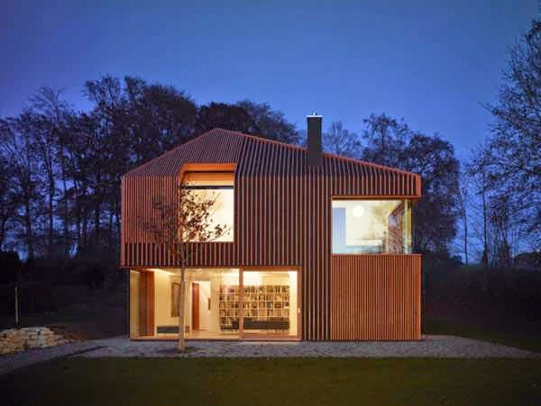 Minimalist house design with full wood materials concept for Minimalist house materials