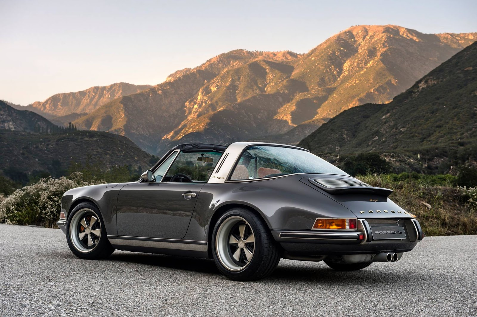 moto mucci daily inspiration singer porsche 911 targa. Black Bedroom Furniture Sets. Home Design Ideas
