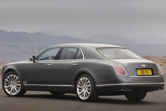 Bentley Mulsanne Back Exterior