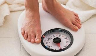 3 cara menurunkan berat badan alami dan aman