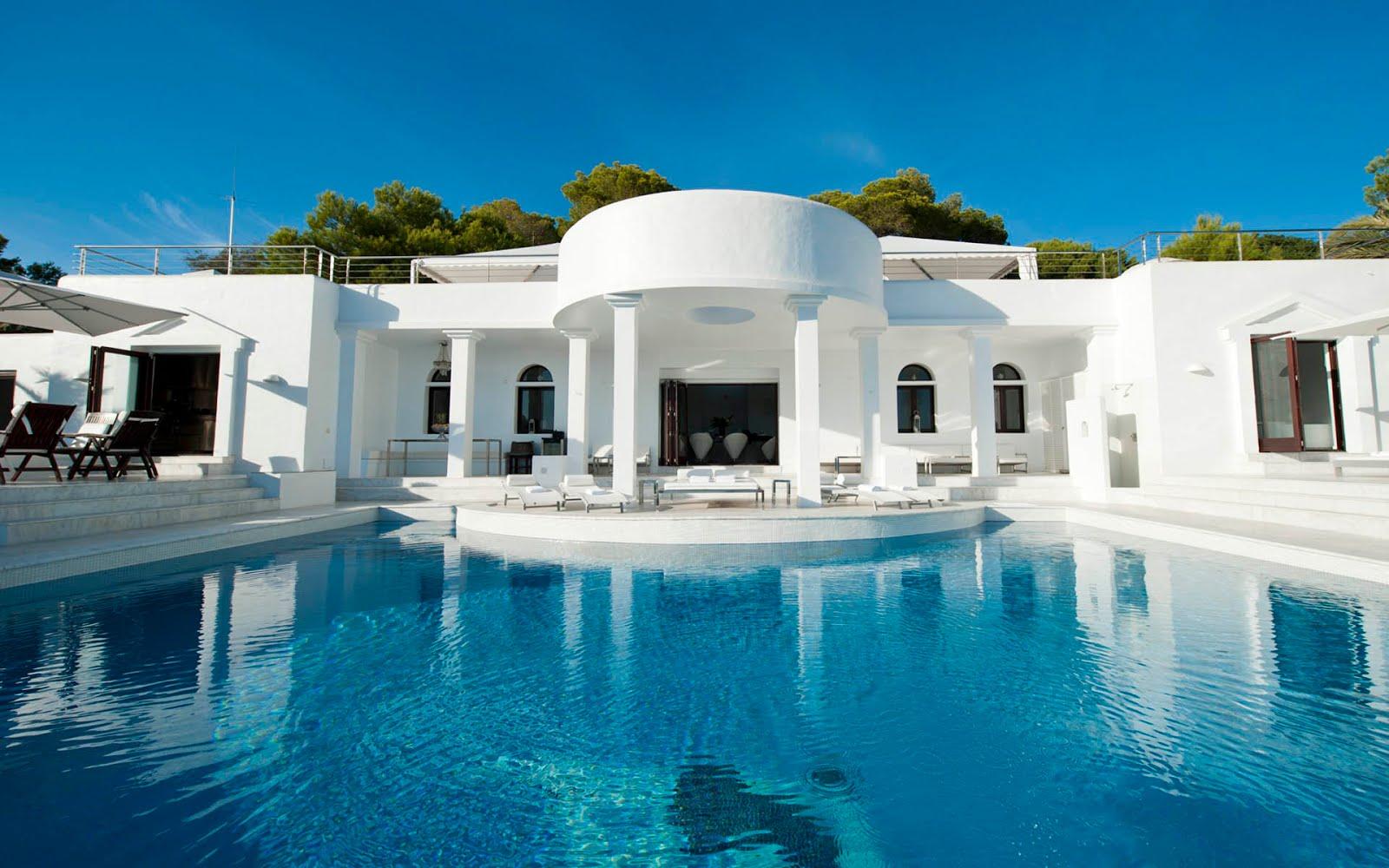 Book your Villa or Apartments