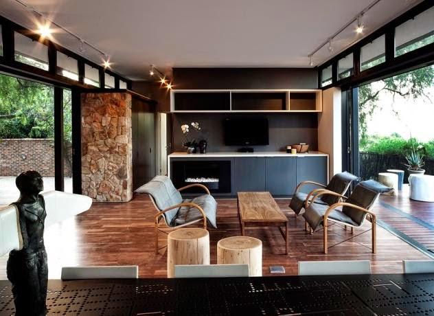 Modern Gazebo Design In The Middle Of The Garden