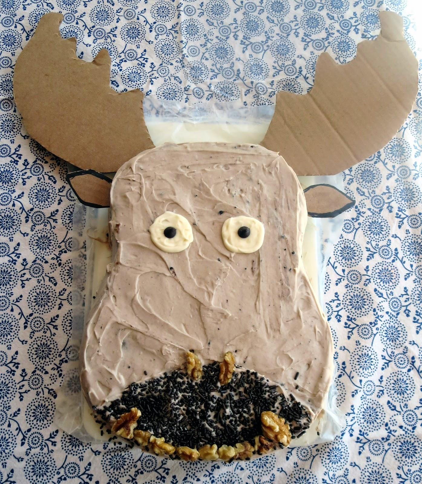 Moose Head Cake Pan