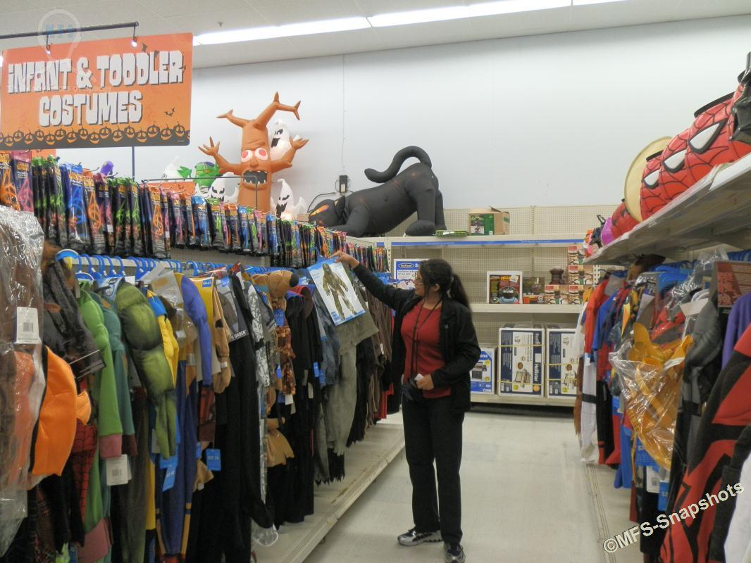 Walmart Halloween Decorations Canada