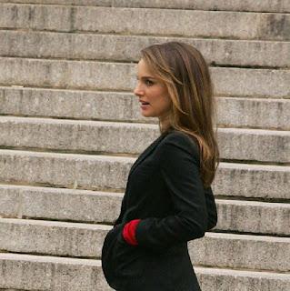 Natalie-Portman-pregnant-engaged-benjamin.jpg