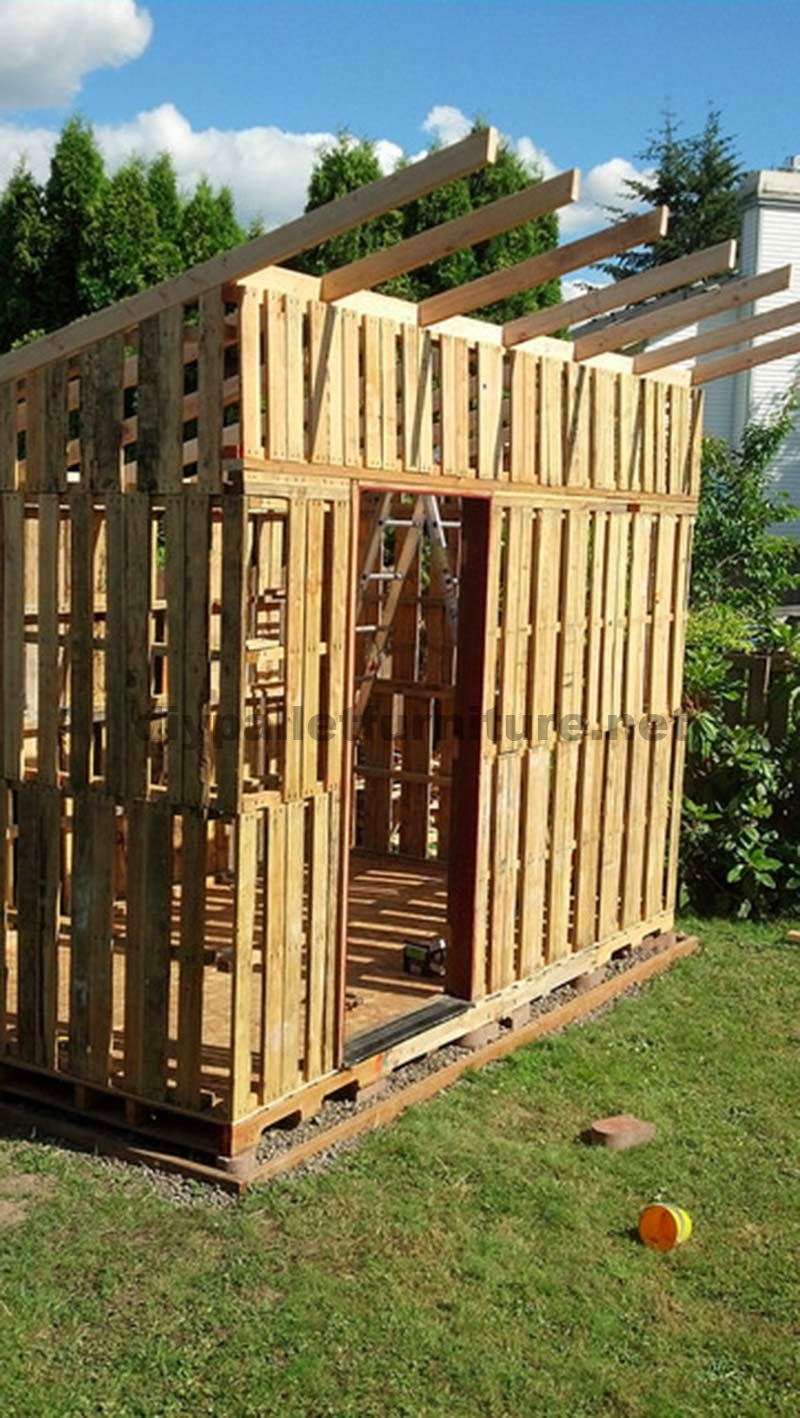 La caba a para el jard n de curt - Como hacer un tejado de madera ...