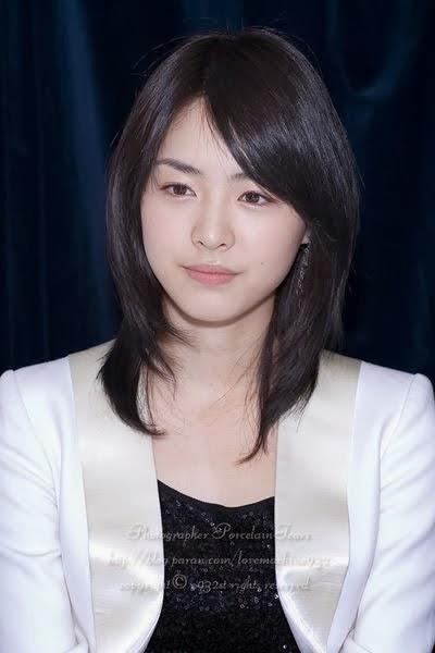 Model rambut segi pendek dan panjang ala korea