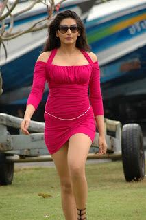 Ragini Dwivedi Hot in Red
