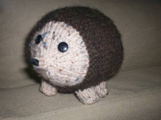 free knitting patterns: hedgehog tutorial - crafts ideas ...