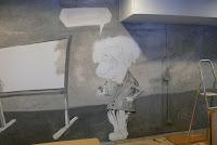 Karykature Alberta Einsteina wykonana na na ścianie, mural na politechnice Warszawskiej