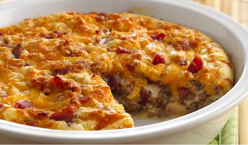 Impossibly Easy Bacon Cheeseburger Pie ~ 4recipes