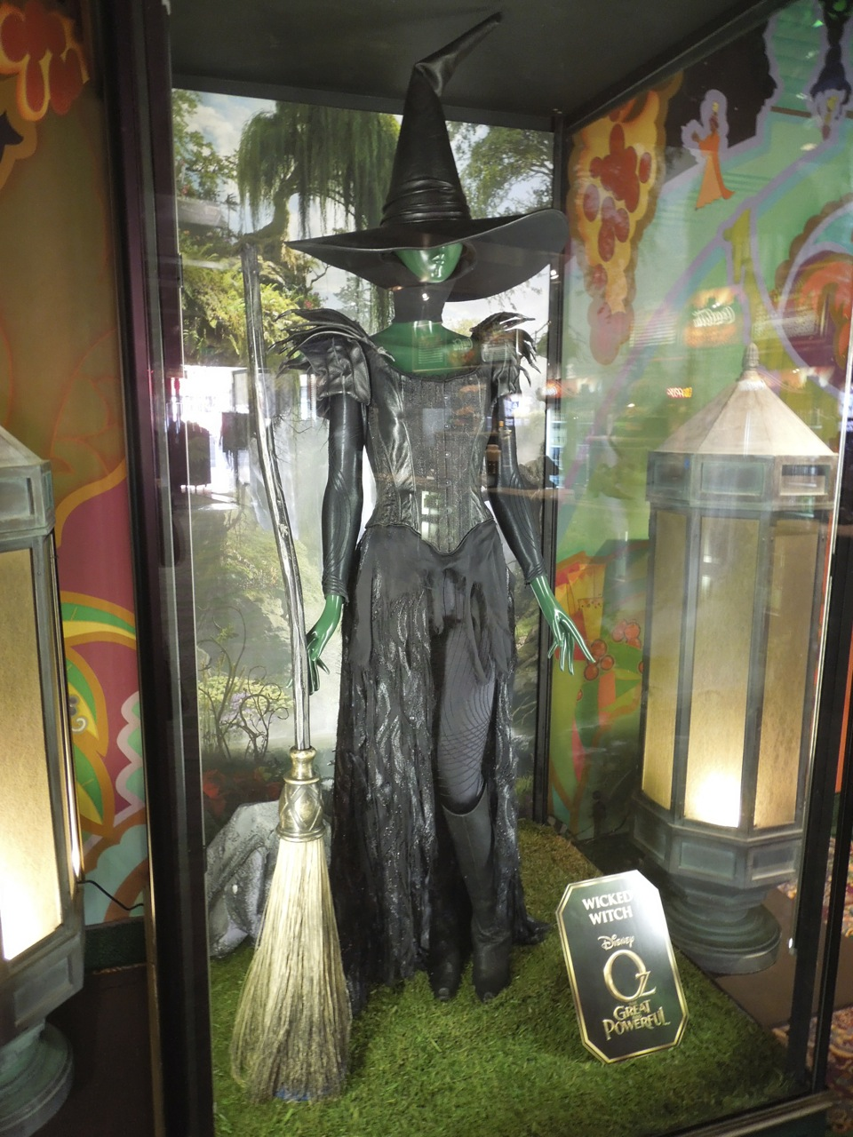 I love Hollywoodland's costumes and props on display... ~ Jason in ...