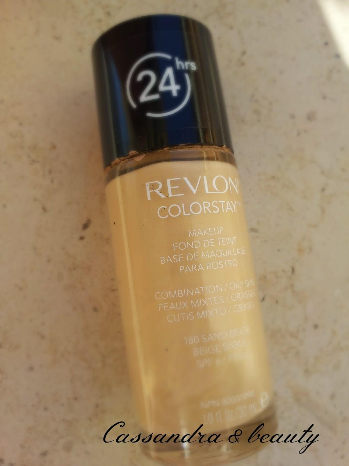 Fondotinta Revlon Colorstay per pelli miste/ 180 Sand Beige: swatch e recensione