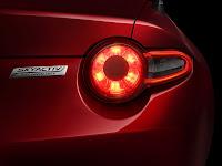 2015-Mazda-MX-5-6.jpg