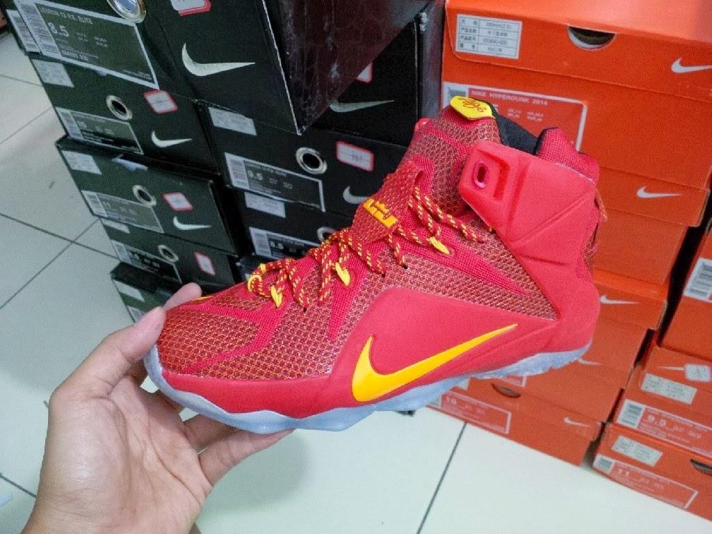 3c5b7e76dad5a ... promo code for sepatu basket nike lebron 12 cavs red . 385cf 15708