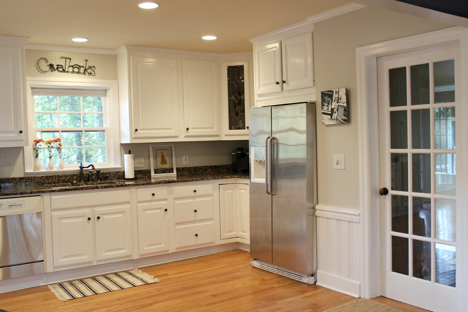Ten june kitchen makeover before after Best white paint for kitchen cabinets behr