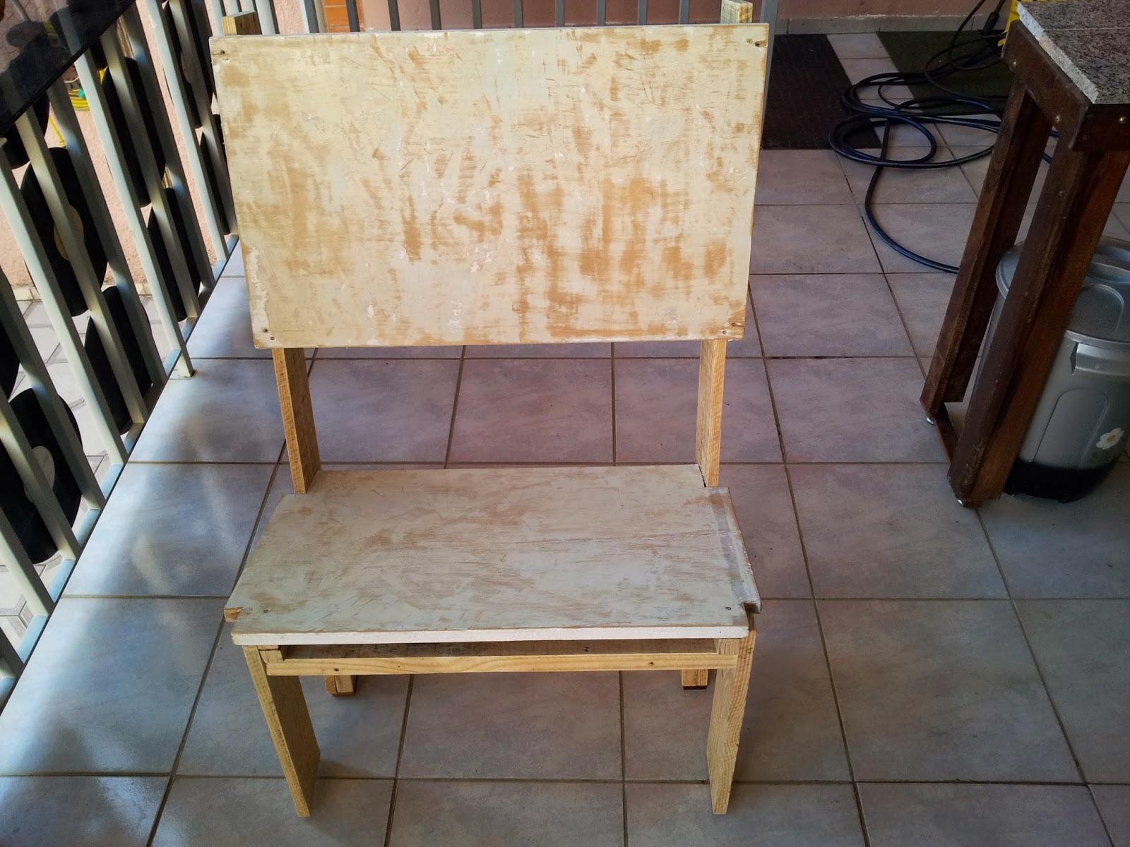 Oficina do Quintal: Como fazer banco de madeira com encosto #8D6E3E 1600x1200