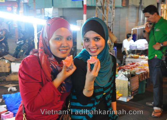 Free holiday to Ho Chi Minh City Vietnam for premium beautiful makan jambu batu night market