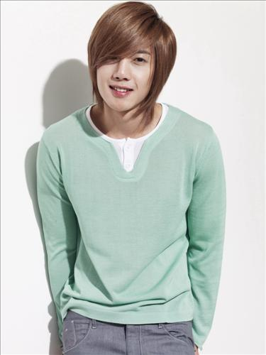 All Images Of Kim Hyun Joong http://www.asian-defence.com/2012/06/kim-hyun-joong.html